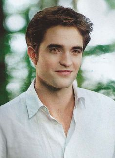 Breaking Dawn part 2-Edward Cullen ( what a beautiful picture)