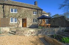 Luxury self-catering cottage Peak District, luxury self-catering Peak District, Dovedale Cottage