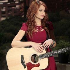 Debby Ryan Jessie