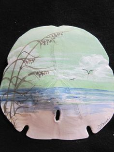 Risultato immagine per Athenas Art hand painted sand dollars Seashell Painting, Seashell Art, Seashell Crafts, Beach Crafts, Seashell Ornaments, Ocean Crafts, Snowman Ornaments, Diy Crafts, Sand Dollar Art