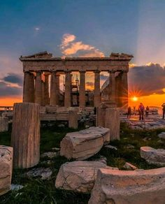 Historical Architecture, Ancient Architecture, Beautiful Architecture, Vacation Places, Dream Vacations, Photocollage, Parthenon, Beautiful Places To Travel, Athens Greece