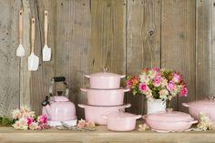 Le Creuset Rose Chiffon Pink cocotte