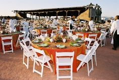 Do you live in the Greater Phoenix area and are looking for a unique wedding destination? Check out La Puesta del Sol at Fort McDowell Adventures! #azweddings #fortmcdowelladventures #beautiful