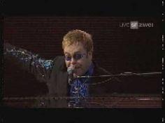 Elton John - The Bitch is Back (Basel 2006)
