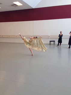 Alessa Rogers rehearsing Juliette today with her gold fabric.