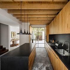 Casa La Quinta: Weekend House For a Retired Couple in Guanajuato, Mexico Küchen Design, House Design, Loft Design, Wooden Beams Ceiling, Weekend House, High Walls, Interior Design Inspiration, Interior Design Living Room, Future House