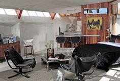Las piezas de mobiliario son de diseñadores célebres como Milo Baughman, Harry Bertoia, Adrian Pearsall, Warren Platner y Sigurd Russel. | Galería de fotos 8 de 11 | AD MX