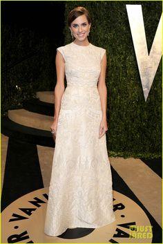 Allison Williams.    Vanity Fair Oscars Party.