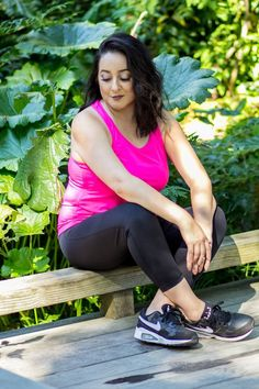 Hot Pink Bungee top. Gives you space around your tummy. Perfect for Yoga, Zumba or Gym #activewear #fitness #new #tanktop #rosegold #rose #nike #swell #mesh #fitness #gymwear #plussize #plusactivewear #temaathletics #activewear #athleisure #tops #bottom #