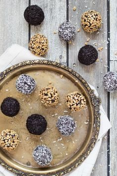 No Bake Oreo Chocolate Rum Balls – Dan330