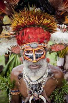 Papua New Guinea - Land on Edge - TravelPhotographers.net