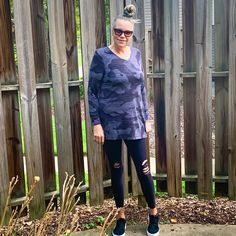 Great thing about the Elizabeth tunic just throw her on over leggings for an instant cute outfit - nice and flowy similar to a Perfect T - but with long sleeves ;) Beautiful options on our website #linkinbio #lularoeelizabeth