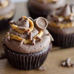 Chocolate Rolo Cupcakes - decadent chocolate cupcakes with chunks of Rolo chocolate and a caramel centre