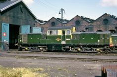 Class 17 - Dalry Road Shed E Electric, Electric Train, Diesel Locomotive, Steam Locomotive, Uk Rail, Train Pictures, British Rail, Old Trains, Train Engines
