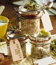 Huby do zásoby | Kulinárske tipy a recepty | domacnost.sme.sk Stuffed Mushrooms, Food And Drink, Jar, Syrup, Jars, Stuff Mushrooms