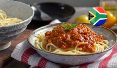 Have a hankering for Spaghetti Bolognese? Learn more about this delicious dish and get a great Spaghetti Bolognese recipe here. Spaghetti Bolognese, Spaghetti And Meatballs, South African Recipes, Ethnic Recipes, Bolognese Recipe, Tasty Dishes, Cooking Recipes, Dinner, Country