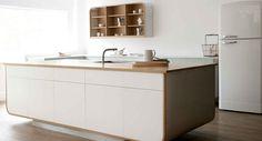 Retro kuchyně / Retro kitchen Air Kitchen by deVOL Interior Design Hd, Oven Design, Devol Kitchens, Retro Kitchens, Minimal Kitchen, Kitchen Photos, Kitchen Ideas, Nice Kitchen, Custom Kitchens