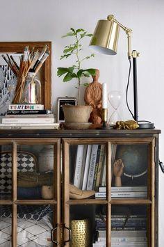 10 inspirations pour décorer avec une vitrine - Atelier des tilleuls