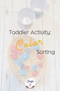 Here's a fun activity for toddlers. This fun color activity helps your child identify colors and sorting skills. Preschool Routine, Preschool At Home, Toddler Preschool, Toddler Activities, Learning Through Play, Fun Learning, Preschool Activities, Teaching Kids, Color Activities