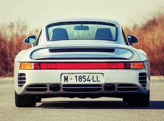 Porsche 959 back Fotor 740x550 1988 #Porsche 959