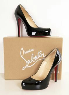 shoes with red soles that oprah wears christian louboutin heels from burlesque