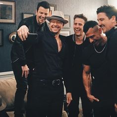 "900 Likes, 9 Comments - Land Of The BHs❥ NKOTB (@blockheadnation) on Instagram: ""LOOK AT THEM  WATCH THE LATE LATE SHOW LATER TONIGHT TO HEAR THEIR NEW SONG!!!! • • • #nkotb…"""