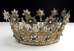 She has one of these stashed in the back of one of her closets somewhere, a gift from an admirer///late 1800s French crown
