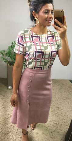 52 Women Skirts To Rock This Season - Stel Style Edgy Outfits, Colourful Outfits, Simple Outfits, Skirt Outfits, Modest Fashion, Fashion Dresses, Fashion 2020, Fashion Fashion, High Fashion