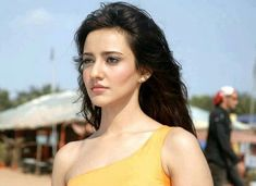 Neha Sharma - One of most popular actresses in the movie world. Here are some rare pictures of Neha Sharma without makeup to emphasis on her natural beauty! Indian Actress Hot Pics, Bollywood Actress Hot Photos, Indian Actresses, Aisha Sharma, Bollywood Hairstyles, Popular Actresses, Bikini Clad, Flawless Beauty, Most Beautiful Faces