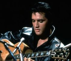Elvis Presley Photo:  This Photo was uploaded by jcordj66. Find other Elvis Presley pictures and photos or upload your own with Photobucket free image an...