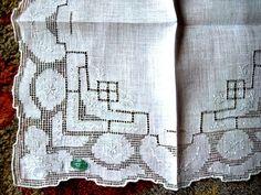 Handkerchief HANKIE Wedding Lace Vintage by RenaissanceProfessor
