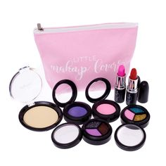 Stocking Fillers for Little Girls - Pretend Makeup Deluxe Set by Little Make Up Lovers Girls Makeup Set, Little Girls Makeup, Little Girl Gifts, Gifts For Girls, Stocking Fillers For Kids, Christmas Gifts For Kids, Christmas Ideas, Makeup Shop, Pretend Play
