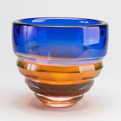 ERIKA LAGERBIELKE - Vase for Orrefors, 1991. Diam. 22,5, h. 20 cm.