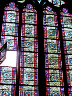 The Notre Dame window - a different perspective (photo by journeyfiles.com)
