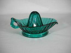 Vintage 1930's Jeannette ULTRAMARINE Depression Glass Reamer Juicer