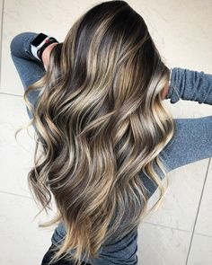 This is Best Balayage Hairstyles from Balayage rich brunette hair color...Gorgeous Balayage Hair Ideas from solft Brown to Caramel Tone ideas. Balayage Hair Ideas - Balayage Highlights and Hair Colors to Try. Balayage Hair Color Idea,Fall balayage hair color