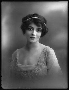 soyouthinkyoucansee on tumblr Marie Doro 1913