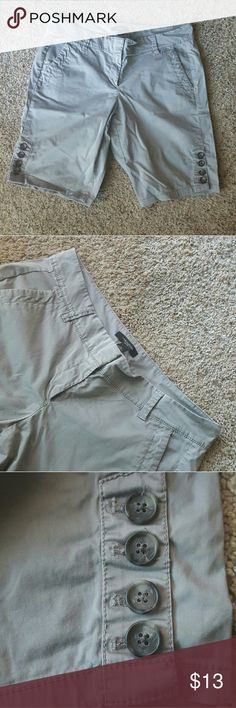 Sale! Ann Taylor shorts Good condition. No visible flaws. Ask questions if you have any! Ann Taylor Shorts Cargos