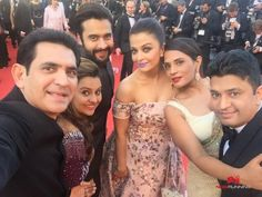 Team of Sarbjit walk the red carpet at Cannes
