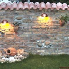 Spanish wall with Mediterranean garden lighting by rimini baustoffe gmbh mediterranean brick Walled Garden, Terrace Garden, Brick Garden, Dream Garden, Home And Garden, Garden Modern, Diy Garden, Diy Fence, Pergola With Roof