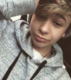 ~Leondre Devries is perfection~