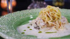 Gädda med kantareller och västerbottenost. Food Inspiration, Cabbage, Fish, Vegetables, Ethnic Recipes, Hygge, Island, Tv, Pisces