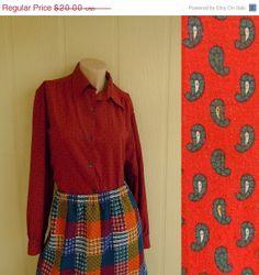 SALE vintage 70s paisley shirt . button up oxford blouse ...   www.nesteggvintage.etsy.com