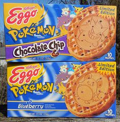 Pokemon Pop-Tarts, Pokemon Waffles, Pokemon Cereal and more! Vintage edible Pokemon junk, in the spotlight one last time. Eggo Waffles, Frozen Waffles, Discontinued Food, 90s Food, Great Recipes, Snack Recipes, Food Gift Baskets, Pokemon Birthday, Weird Food