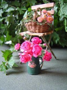 Un Jour a la Campagne Miniatures | miniature flowers - Les pivoines | Paris