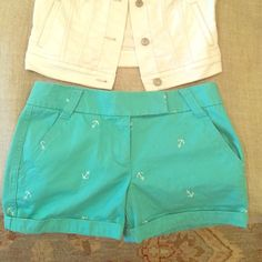 J.Crew chino sea foam green anchor shorts 4 ☀️ 100% cotton. Perfect condition and perfect for summer! J. Crew Shorts