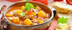 Recept kako hadžije prave gulaš čorbu. Loznički kuvari i njihov gulaš i specijalitet iz kotlića spremljen za hadžijsku slavu