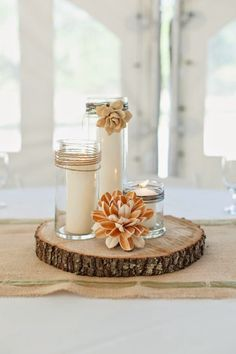 Simply Stunning Wedding Centerpieces: Simple and Beautiful Candle Centerpieces Vintage Wedding Centerpieces, Wedding Table Flowers, Candle Centerpieces, Wedding Decorations, Simple Centerpieces, Wedding Vintage, Diy Candles, Table Decorations, Deco Table Champetre