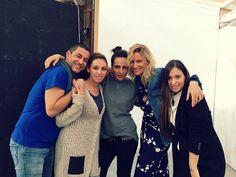 Equipo de Elle España en la sesión con María León