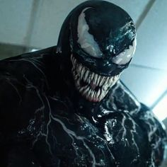 Venom Trailer Looks so Good. Yeah Spiderman Is Important For Venom But Even Without Spiderman This Looks Good And Different. I am Pretty Excited for The Movie And It doesn't Deserve The Hate It receives . Marvel Dc, Marvel Comics, Marvel Venom, Marvel Villains, Spiderman Venom, Comics Spiderman, Venom Comics, Drawing Cartoon Characters, Character Drawing
